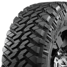 Llanta Nitto Trail Grappler M/T LT305/55 R20 121Q